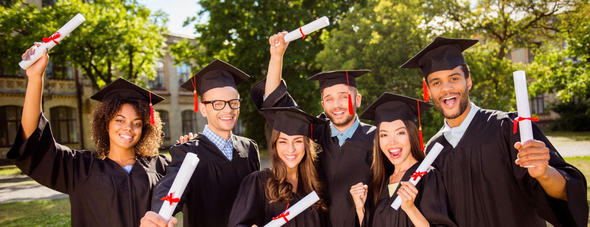 scholarship-web-min